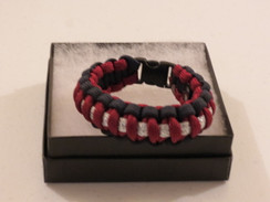 Maroon with Navy Edge Glitter Paracord Bracelet