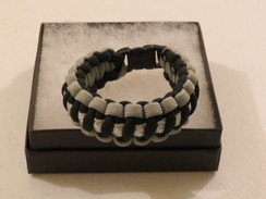 Black with Grey Edge Glitter Paracord Bracelet