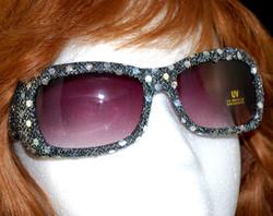 Sunglasses viewed on head/bust model