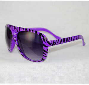 3/4 front view of sunglasses