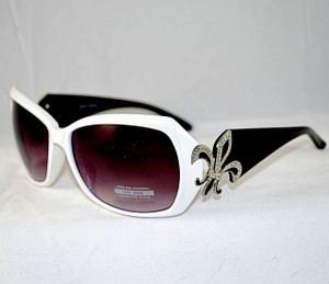 3/4 view of black & white sunglasses