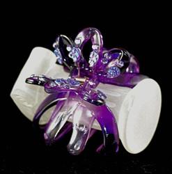 3/4 front of transparent purple clip