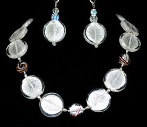 """20"""" Necklace set of silver foil glass beads"""