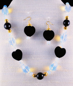 Full view with light exposing the Opalescence properties of the beads