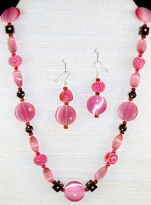 Full necklace set w/vintage Rose beads
