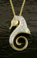 14K SEA HORSE PENDANT CLASSIC STYLE W/.30TW DIAMONDS SIZE: 1.0in. /25mm High