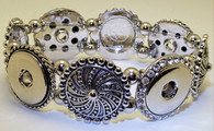 Metal Stretch Bracelet and holds 4 Snaps