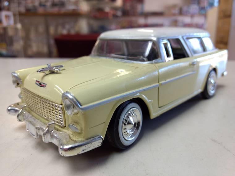 1955 Chevrolet Bel Air Nomad 124 Yellowwhite Southern Motorsport
