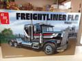 1195 Freightliner FLC Tractor