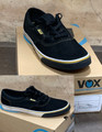 This is a high quality VOX Kruzer Team Model in the BLACK/GOLD/WHITE colorway. It features a black accent on the vulc sole. It features a White Vulc Sole for Maximum board feel. Its in size 12.  Don't miss out on this clearance price. *****There might be slight discoloration from shoes that were on display in the shop!*****