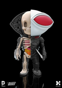 XX-Ray Black Manta Figure