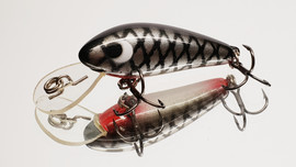 Versatile little lure suitable for a wide variety of fish species such as Trout, Bass, Bream, Redfin etc. Wide action diving to 8ft and is a floating diver.    Solid Polyurethane.