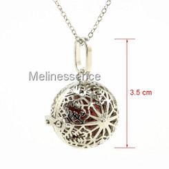 SNOWFLAKE BALL LOCKET AROMATHERAPY NECKLACE