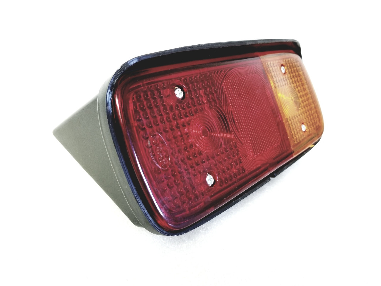 MAHINDRA TRACTOR TAIL LIGHT THREE IN ONE LAMP RIGHT SIDE