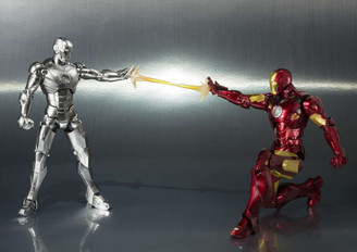 Bandai S.H.Figuarts Iron Man Mark II & Hall of Armor Set *WEB EXCLUSIVE*
