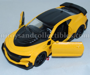 Diecast Metal Vehicle: Transformers Bumble Bee with Pull Back Action
