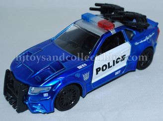 Diecast Metal Vehicle: Transformers Barricade with Pull Back Action