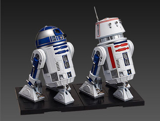 Star Wars R2-D2 & R5-D4 Bandai Star Wars Character Model Kit