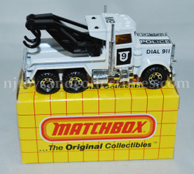 Matchbox #61 Police Wreck Truck Diecast Vehicle