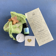 Lift Essential Oil Blend with Travel Pouch and Meditation Kit