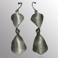 Silver drop earrings.  16X46mm.
