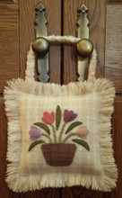 April,Flowers,door,hanger,wool,appliqué,pattern,designer,JPV,Designs,kit,Auntie,Jus,Quilt,Shoppe