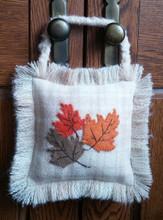 September,Autumn,Leaves,Door,Hanger,Series,wool,appliqué,designer,JPV,Designs,kit,Auntie,Jus,Quilt,Shoppe
