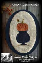 Olde New England Pumpkin punchneedle pattern designer Vermont Harvest Folk Art