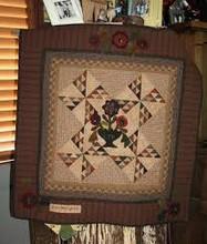 Thursday's Quilt pattern designer Quilts by Cheri wool appliqué kit wall quilt table runner