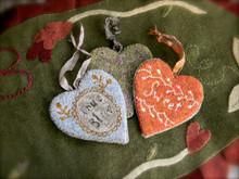 Tokens of Love punchneedle pattern designer Lori Brechlin Notforgotten Farms