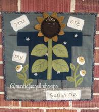Clothesline,Sunflower,August,Auntie,Jus,Quilt,Shoppe