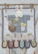 Heart,Hand,bunny,April,pattern,designer,Kathi,Campbell,kit,Auntie,Jus,Quilt,Shoppe