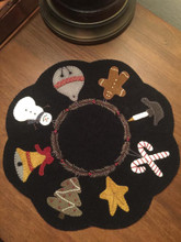 Candle,mat,tree,skirt,pattern,designer,JPV,Designs,kit,Auntie,Jus,Quilt,Shoppe