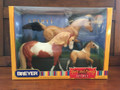NEW 2002 BREYER HORSES SPIRIT AND FAMILY SPIRIT KIGER MUSTANG FAMILY-ACTION IN ORIGINAL BOX