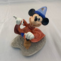 "VINTAGE WALT DISNEY CLASSICS COLLECTION ""FANTASIA- MISCHIEVOUS APPRENTICE"" FIGURINE"