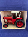 1970'S NEW IN BOX ERTL INTERNATIONAL DIE CAST #1586 TRACTOR WITH CAB MADE IN USA