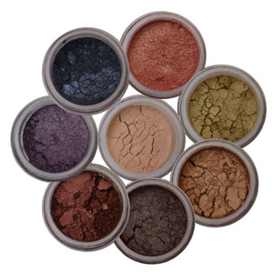 8 EYE SHIMMERS EYE SHADOWS FOR WET AND DRY USE