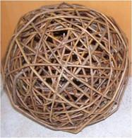 """Decorative willow balls 4""""D"""