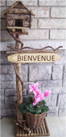 ,BIENVENUE Wood & vine birdhouse w/planter pot 9/Dx7/H 42/OH(min.1)