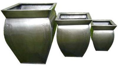 """S/3 Square dark Titanium Zinc planters (min.1,1/crtn)  L:16""""x16""""x18""""H M:13""""x13""""x14.5""""H S:10""""x10""""x10.5""""H"""