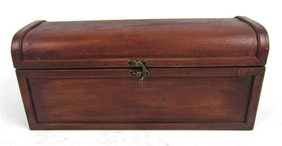 "Wooden wine box / trunk 13.5""x5""x6""H"