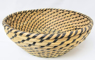 """Large in Set of 4 Round Black & Natural seagrass & straw baskets L: 12""""Dx4""""H"""
