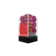 Chessex: Borealis: 16mm D6 Magenta/Gold (12)