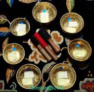 Tibetan Singing Bowl Set 9: Chakra Tuned Master-Healing (7 pc)