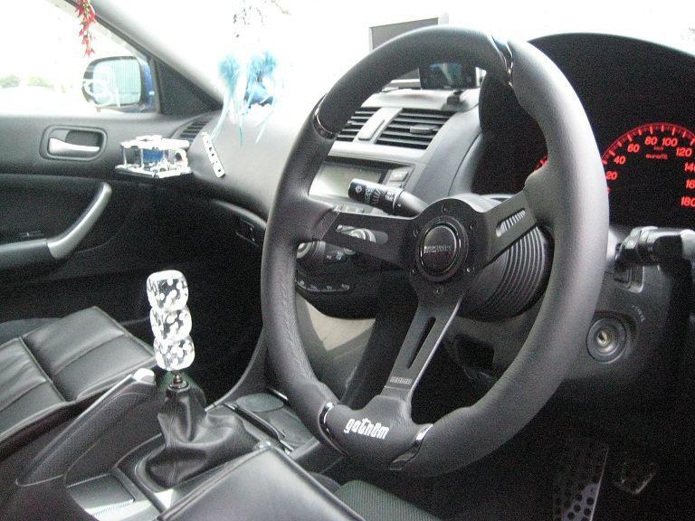 MOMO GOTHAM 350mm Steering Wheel Leather