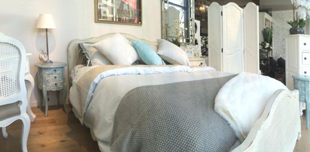 Covington Rattan Queen Bed Room