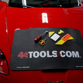 Fender Gripper® with 44Tools Logo