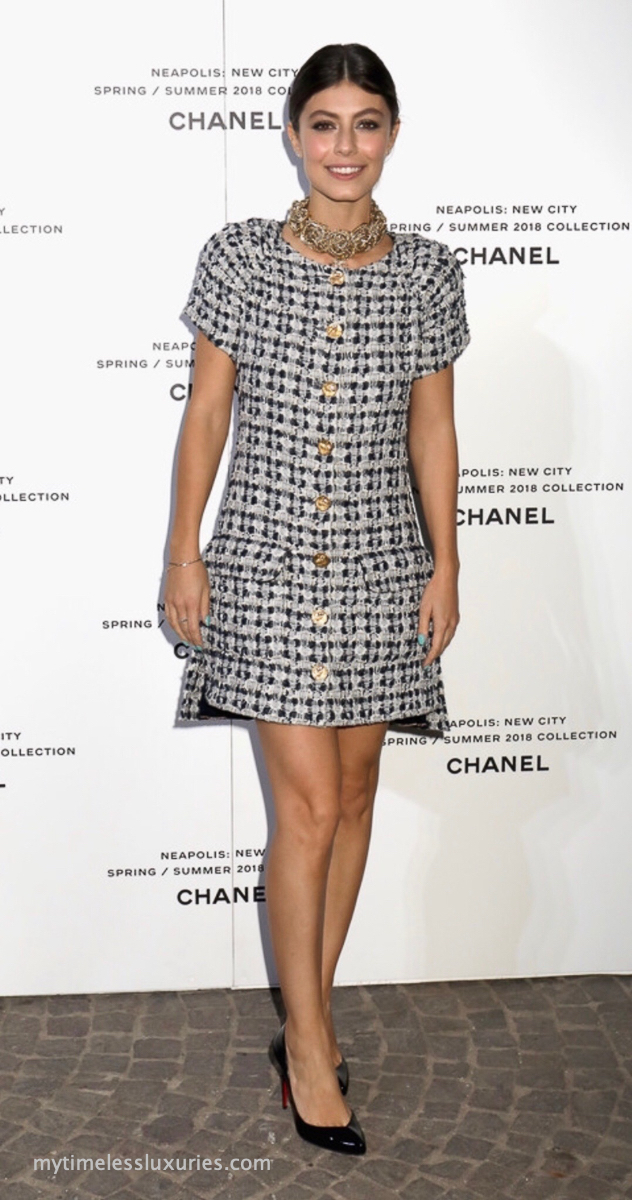 chanel-2018-18c-tweed-jacket-dress-with-owl-buttons-38-fr-102.jpg