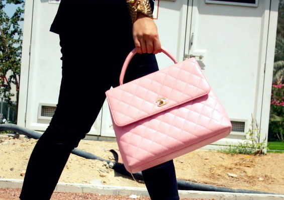 48c40b092b2a CHANEL Pink Caviar Quilted Jumbo Kelly Flap Bag Gold Hw #8806772 ...