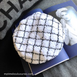 CHANEL 2019 19C La Pausa Fantasy Tweed Beret Hat White/ Black M *New